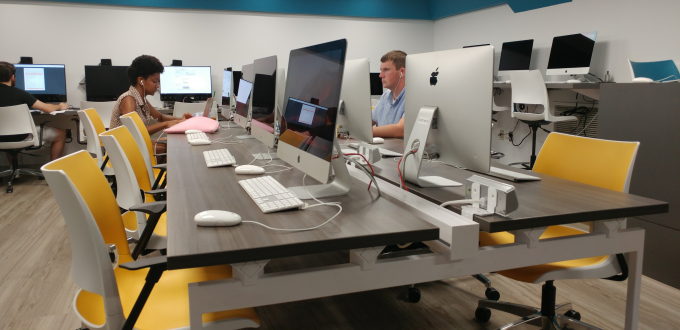 Students working in one of the Cathedral of Learning's remodeled Student Computing Labs