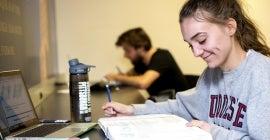 image - student using CourseWeb (Blackboard Learn)