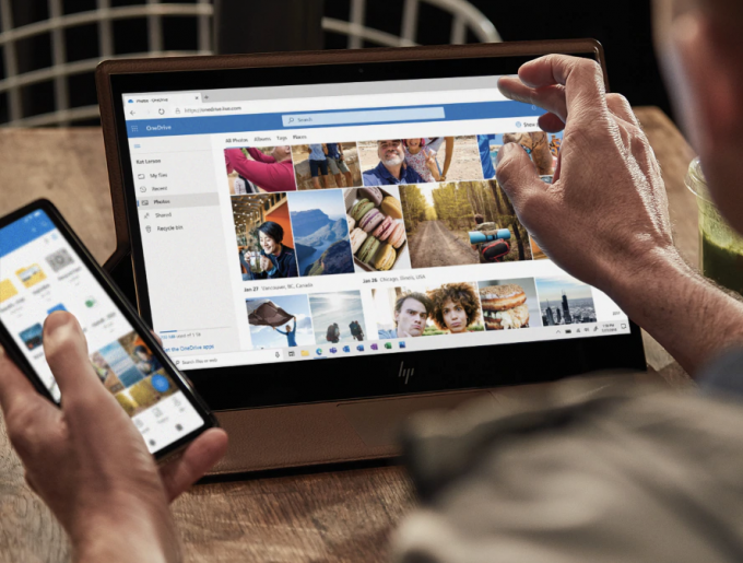 Microsoft OneDrive on Screens